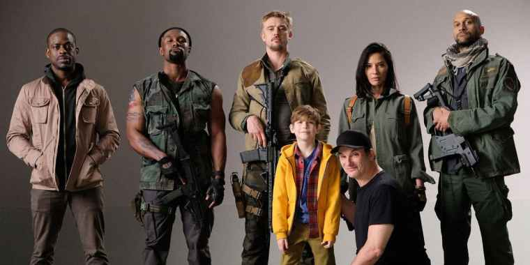 predator-cast-photo